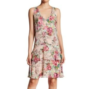 NWT Adrianna Pappell V-Neck Pink Floral Dress